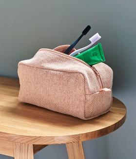 Hue wash bag
